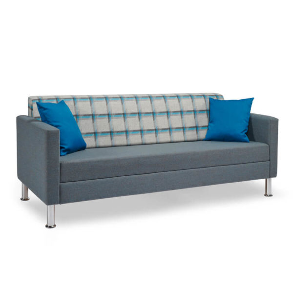 RI08 With 2 Cushions