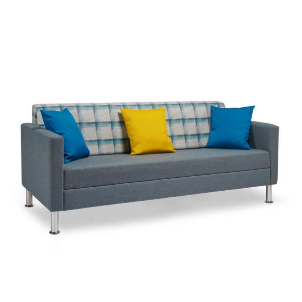 RI08 With 3 Cushions